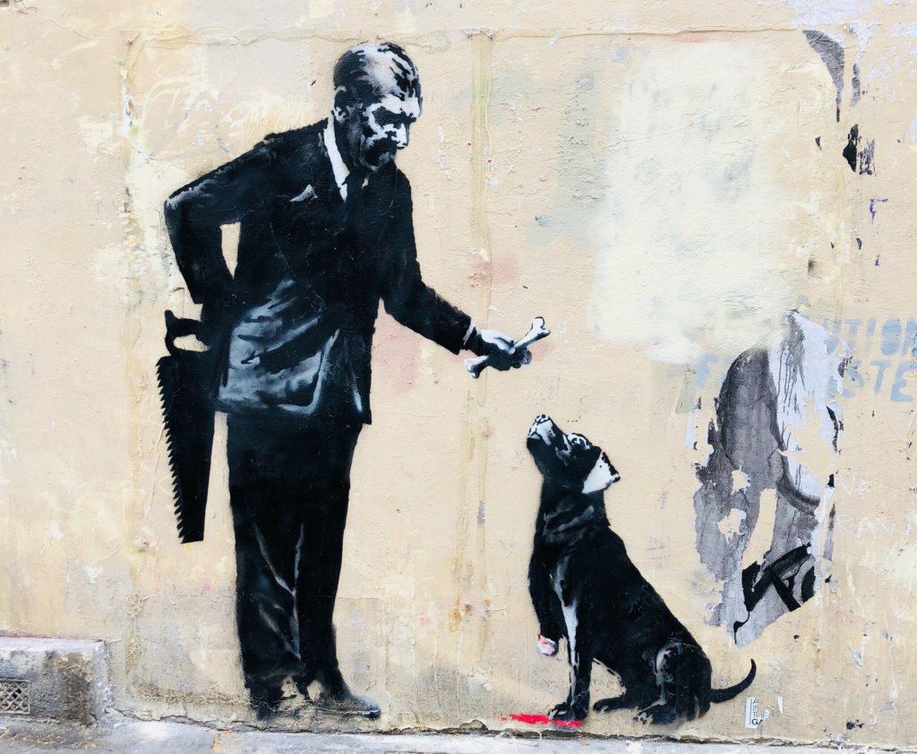 Banksy maitre et chien Sorbonne Paris