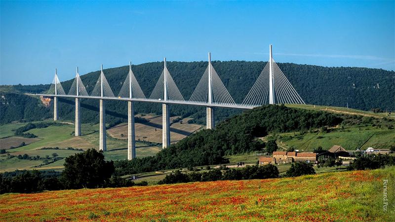 record Pont de Millau, vallée du Tarn, France